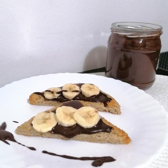 Cremă tartinabilă de cacao și migdale homemade - Healthy
