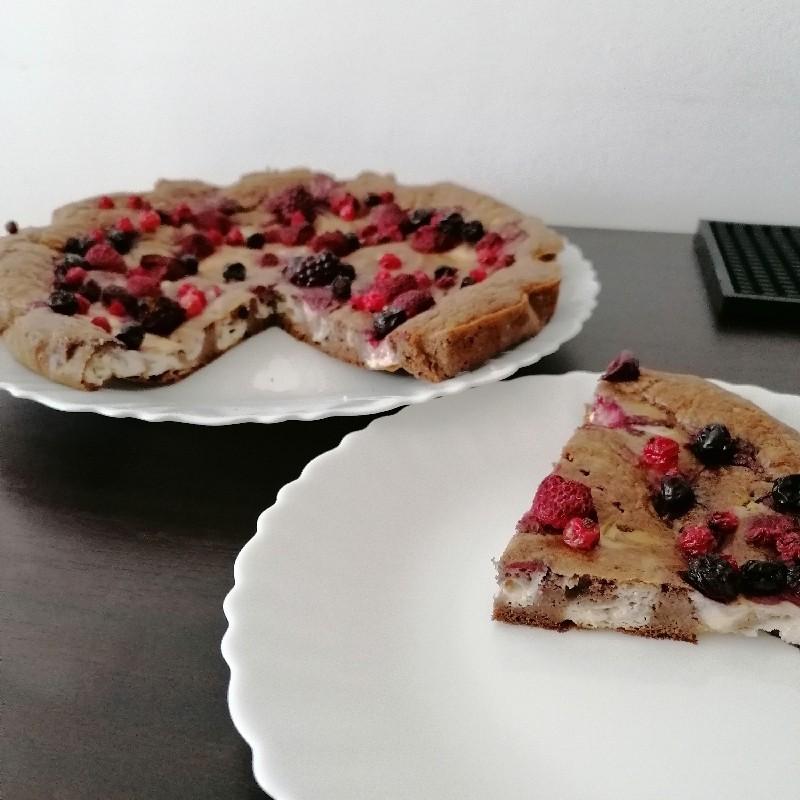 Prăjitură dietetică cu ricotta și fructe de pădure - Healthy