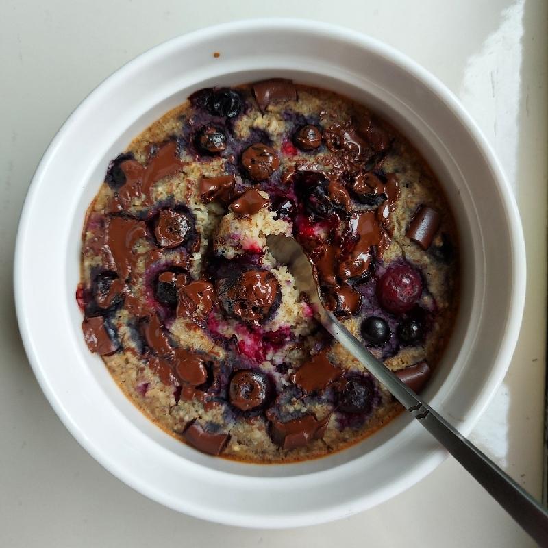 Terci cu afine și ciocolată la cuptor