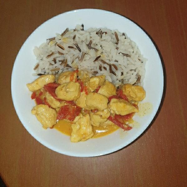 Curry de pui cu ardei copt