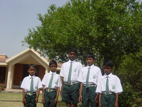 nnmohan-school-children